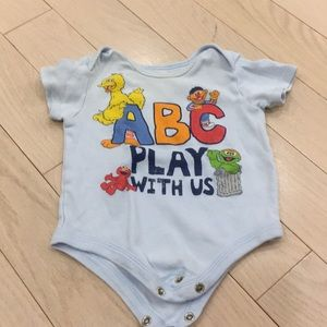 💜Free with Purchase~Sesame Street Undershirt 3-6